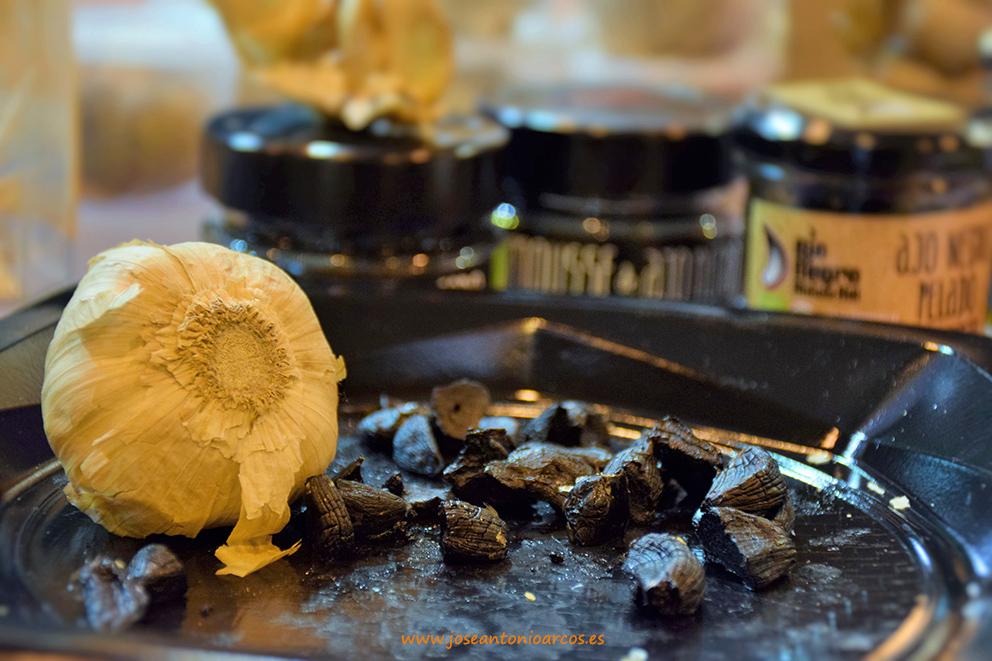 El nicho del ajo negro y la salud