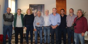 La asociación Aguas Solidarias con la alcaldesa de Motril y su concejal de Agricultura