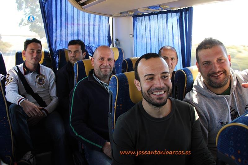 Agricultores en un autobús