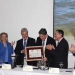 El agua hermana a regantes de las vecinas Murcia y Almería