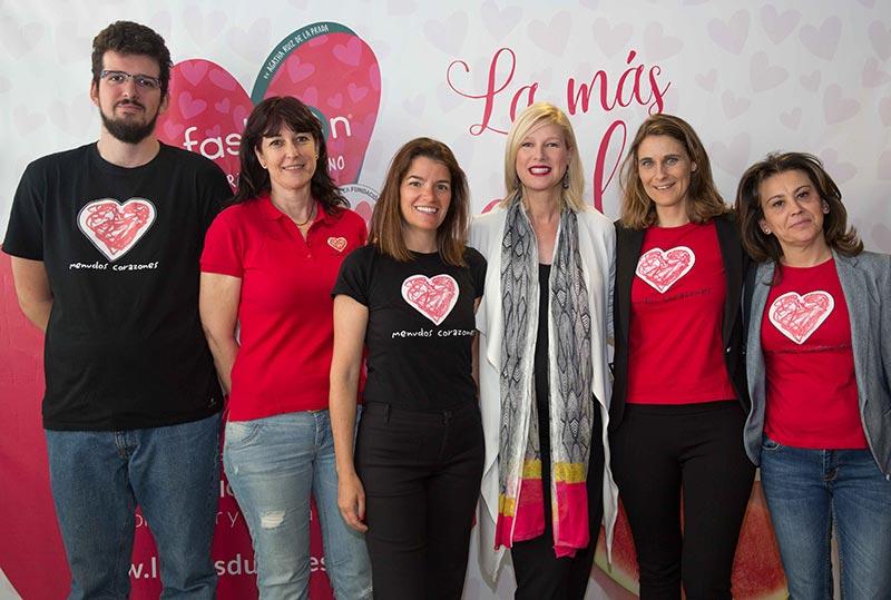 Anne Igartiburu con la Fundación Menudos Corazones.
