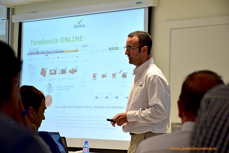 Miguel Sánchez es responsable de cadena de Seminis.