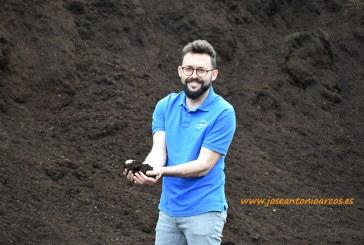 La nueva planta de reciclaje agrícola de El Ejido logra separar la rafia (vídeo)