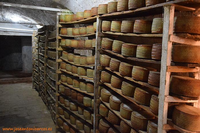 Queso tradicional manchego. Quería de Manzanares, en Ciudad Real.
