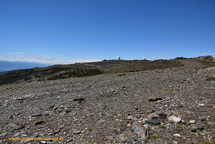 Telescopios en la Sierra de Los Filabres, Almería. Centro Astronómico Hispano-Alemán de Calar Alto