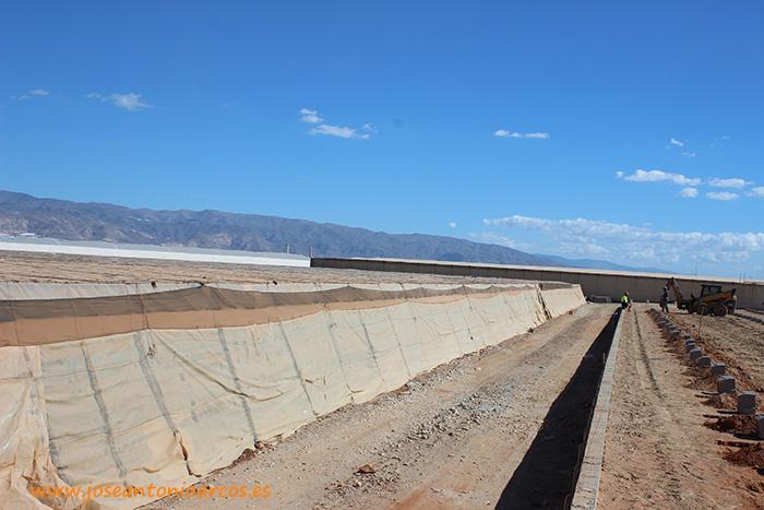 Construcción de nuevos invernaderos en Vícar, Roquetas de Mar, La Mojonera, Almería.
