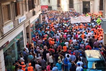 El agua une en Murcia a comuneros con peones, envasadoras y todo el sector