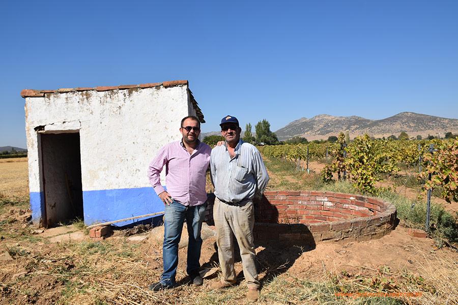 Agricultores manchegos. Vino, aceite y el 'boom' del pistacho