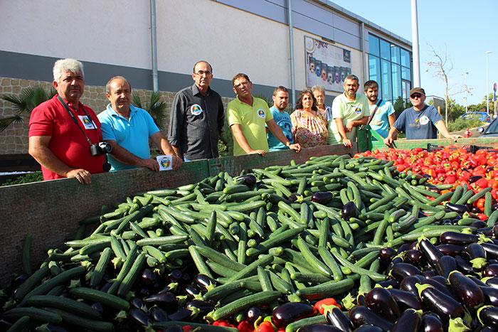 Agricultura Viva en Acción regalará a los viandantes hortalizas el viernes 21