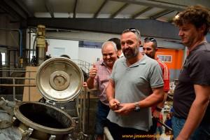Agricultores visitan la fábrica de Vellsam, en Tabernas, Almería. Fertilizantes para la agricultura
