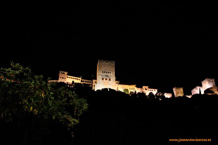 La majestuosa Alhambra de Granada. Noviembre, otoño 2016.