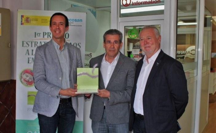El Ministerio de Sanidad premia a Caparrós por enseñar a comer sano