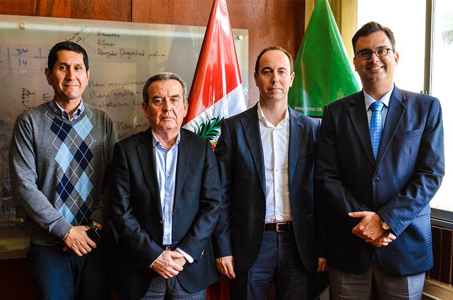 Ingenieros andinos se formarán con la tecnología de Hispatec