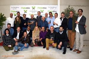 Equipo nacional e internacional de Pelemix