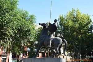 Don Quijote de La Mancha en una escultura de Ciudad Real.