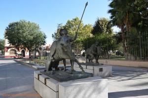 Don Quijote y Sancho Panza en una escultura de Ciudad Real.