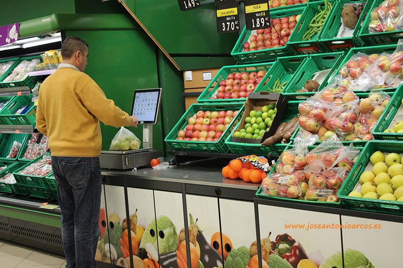 mercado-lineal-de-frutas