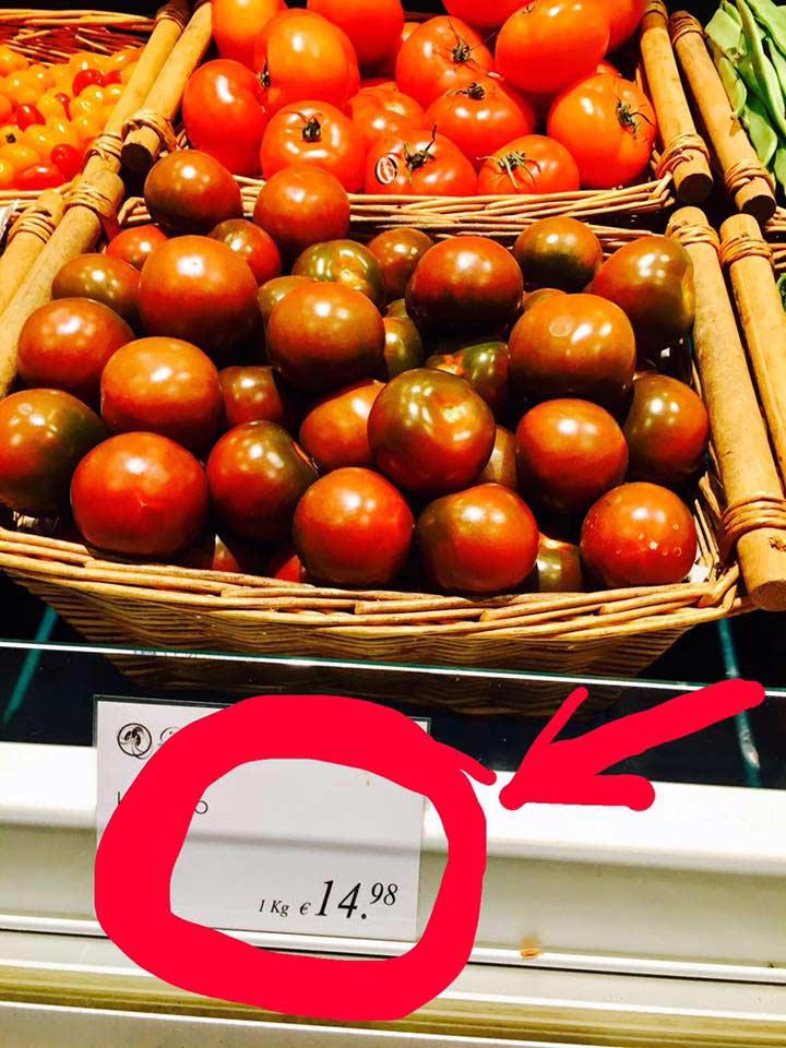 Tomates en supermercados alemanes.