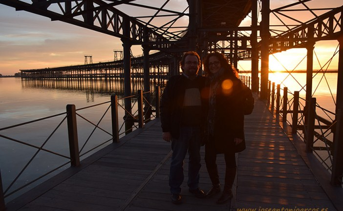 Puestas de sol sobre el Muelle del Tinto