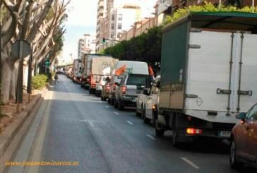 La dignidad agrícola sale a la calle. Sonidos de la tractorada (vídeo)