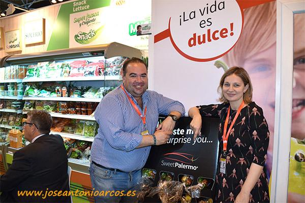 Luis Salcedo (RZ) y Elisabet Expósito (RZ) con Sweet Palermo.