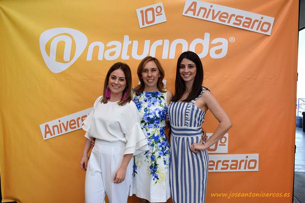 Estefanía Fernández, Montserrat Carreño y Ana Ibáñez administración, contabilidad y marketing Naturinda