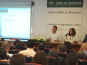Jornada sobre certificados ecológicos celebrada en el IFAPA de La Mojonera, Almería.