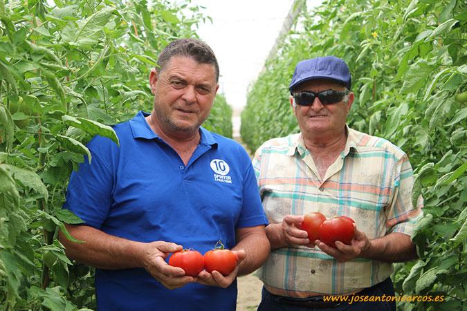 Andrés Alcalde y Juan Rodríguez. Agricultores de Almería.