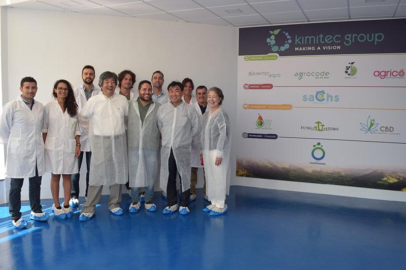 Empresarios-del-sol-naciente-en-Almería-con-Kimitec-Group