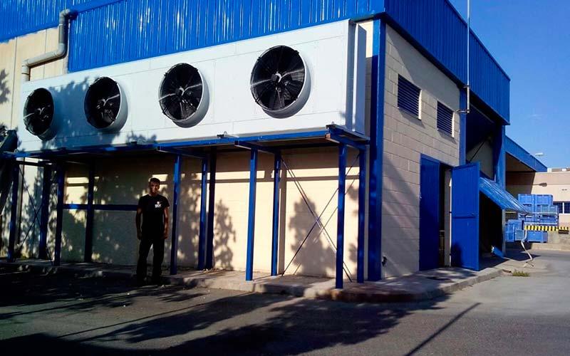 Instalación de cámaras frigoríficas en Glinwell Spain S.L. por parte de Sistemas de Calor, SDC.