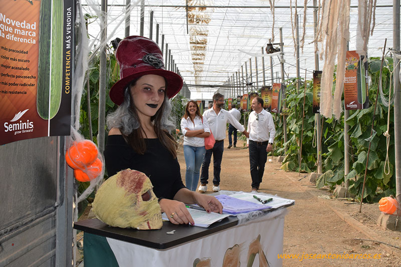 Seminis celebra Halloween en el invernadero