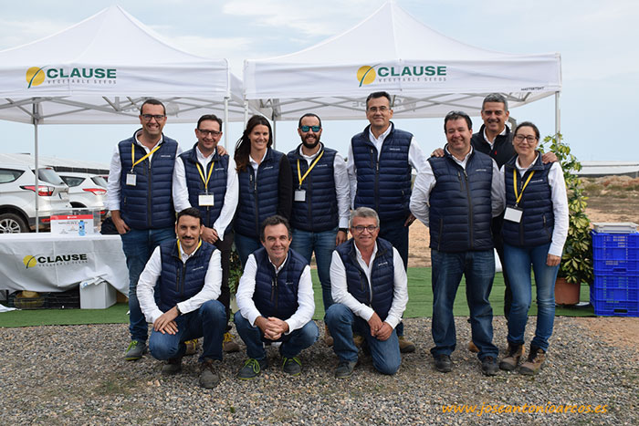 Miembros del equipo de Clause Vegetable Seeds.