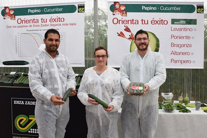 Naji-Zagrouba-Responsable-de-Audax,-Sara-López-Responsable-pepino-Almería-y-Bernardo-Cuenca-Crop-Breeding-Manager-pepino-non-heated