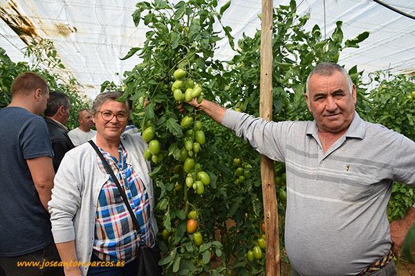 Nelly y Antonio, productores de tomate de La Cañada