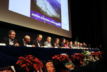El alcalde de El Ejido a favor de trasvasar el agua que se tira al mar