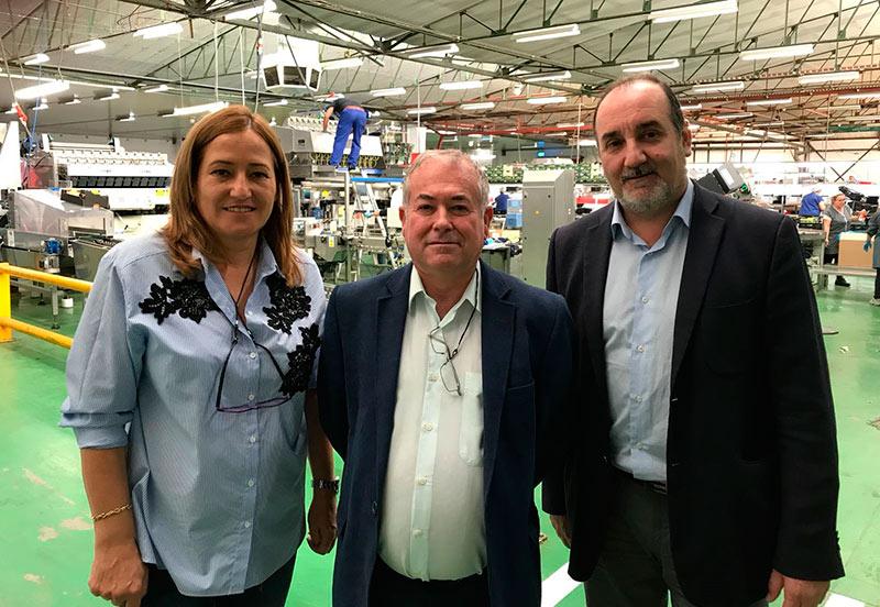 Entrega de fondos operativos en la cooperativa Coprohníjar