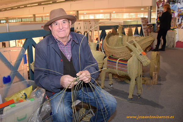 Artesanía con esparto. Expo Alpujarra.