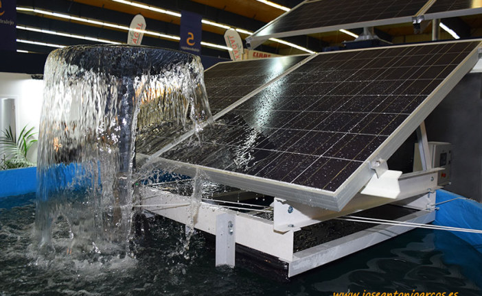 Adiós a la factura eléctrica. Placas solares en las balsas