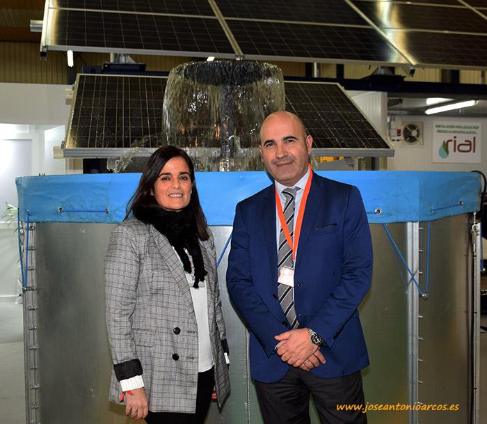 Fermín Ollora y Zuriñe Abarrategui de la empresa Stansol. Energías renovables.