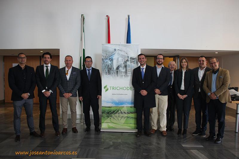 Foto de familia de Trichodex en el Palacio de Congresos y Exposiciones de Aguadulce.