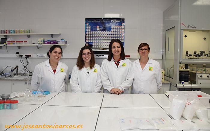 Laboratorio COMPO Expert: Almudena Corrales, Sandra Sánchez, Carla González y Begoña Hernández.