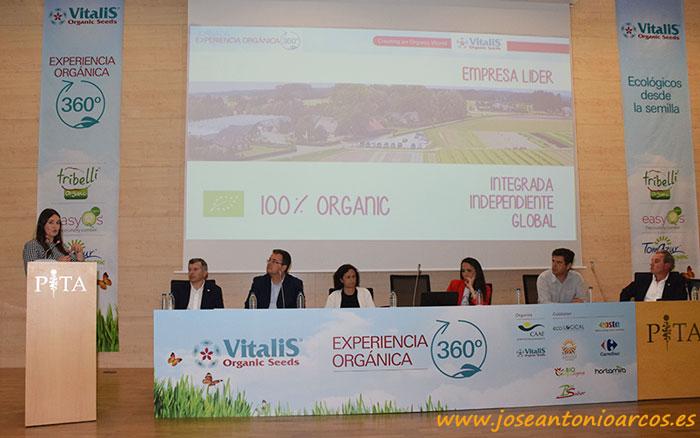 Ponencia 'Semilla ecológica, confianza desde el inicio hasta el consumidor final', a cargo de Myriam López.