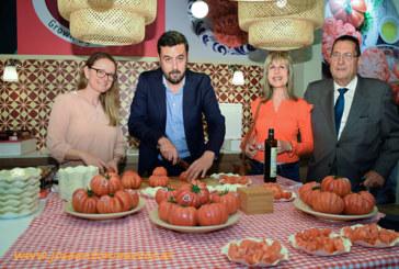 El tomate que reúne a la familia en torno a la mesa. Monterosa