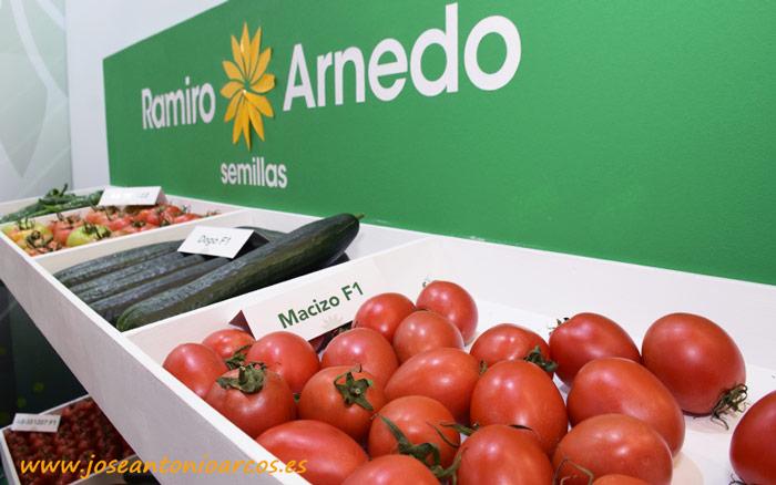 Tomate pera Macizo de Ramiro Arnedo.