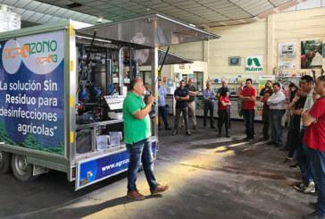 Agricultores y técnicos en torno al ozono