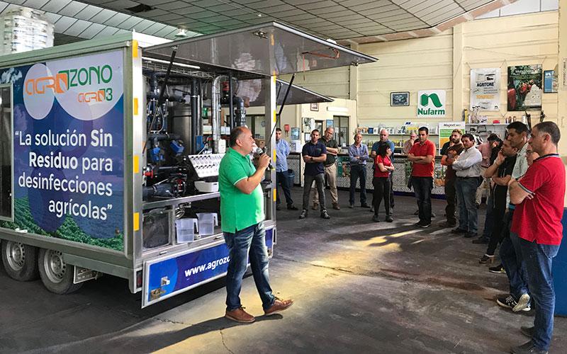 Agricultores y técnicos en torno al ozono. Agrozono