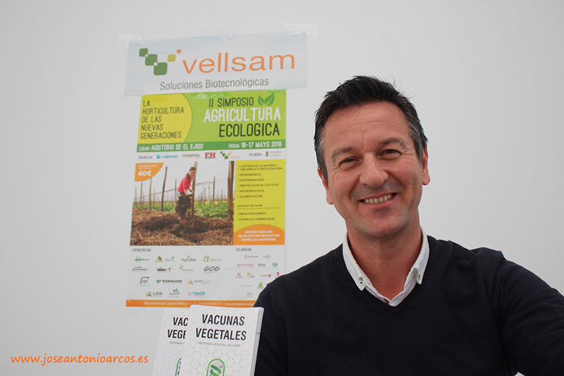 Fernando Castilla Cantón. Presidente del comité organizador del Simposio de Agricultura Ecológica de El Ejido y director de negocio de Vellsam.