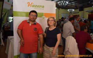 Bernardo Luque, productor de pepino Centinela, con Alicia Rodríguez, breeder de pepino de Hazera.