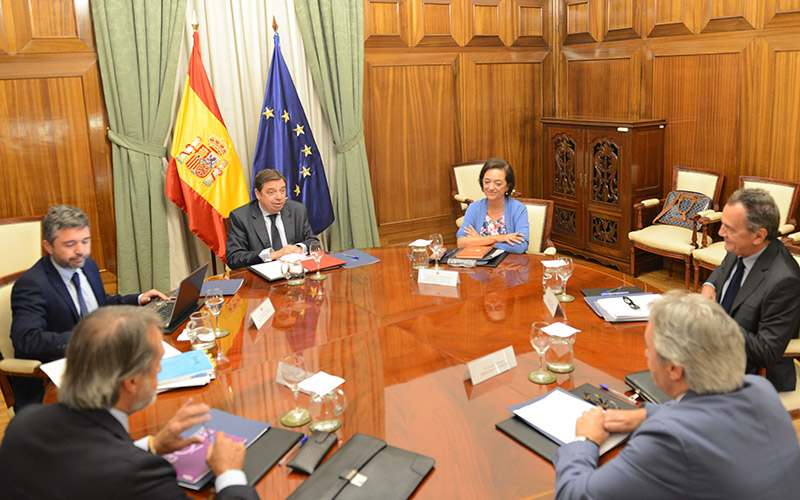 Agua y Brexit en la agenda de Fepex con el ministro Luis Planas