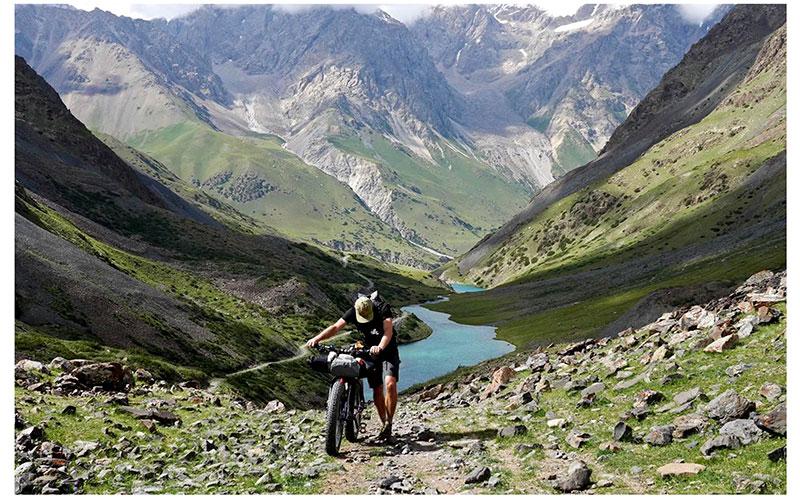 Una bicicleta patrocinará el invernadero en Asia central